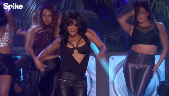 Christina Milian Performs Jennifer Lopez Waiting For Tonight Single On