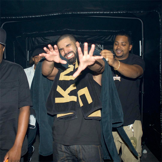 Drake Brings Out Snoop Dogg & YG In Los Angeles On His Summer Sixteen Tour