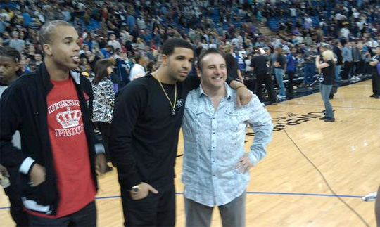 Drake Sits Courtside At Kings vs Mavericks Game