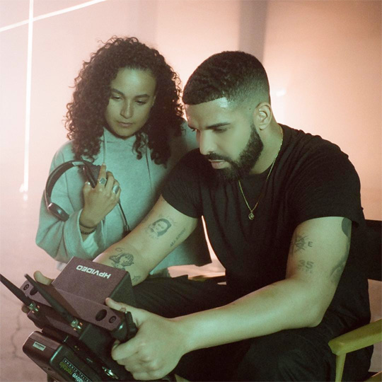Drake Gods Plan Stays No 1 For The Tenth Week, Becomes First Male Solo Artist To Have Two 10 Week No 1s On The Hot 100 Chart