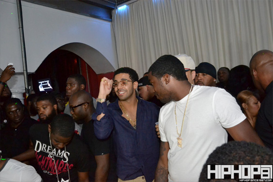 Drake, Meek Mill & More Party At 90 Degrees Nightclub In Philly
