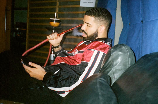 Drake Nice For What Single Debuts At No 1 On The Hot 100 Chart