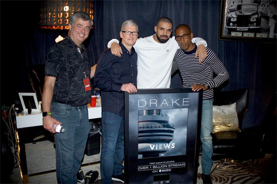 Drake Receives A Plaque For Having The First Album With Views To Have 1 Billion Streams On Apple Music