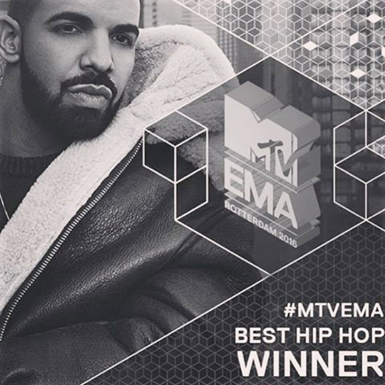 Drake Wins An Award At The 2016 MTV Europe Music Awards