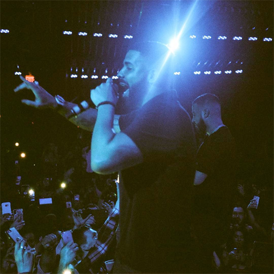 French Montana Brings Out Drake To Perform Gods Plan Live In Vegas