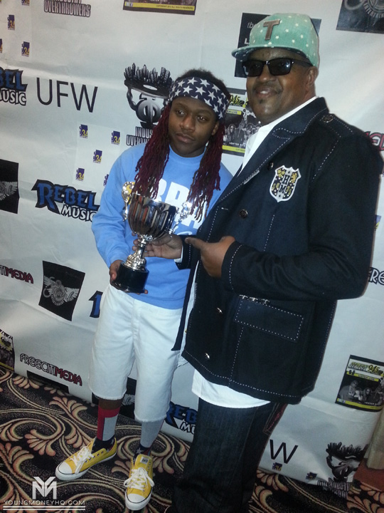 Lil Chuckee Receives Award & Performs Live At The Grinding Awards