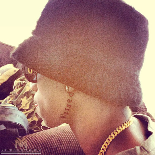 """Jaw Line Tattoos: Lil Twist Gets """"Blessed"""" Tattooed On His Jaw & """"The World"""