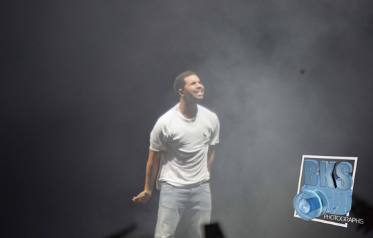Drake Performs Live In Hartford Connecticut On His Joint Tour With Lil Wayne