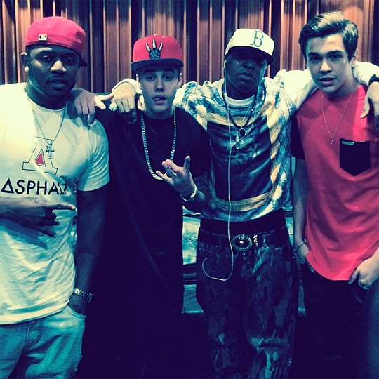 Mack Maine, Birdman, Justin Bieber & Austin Mahone Hit Up The Studio