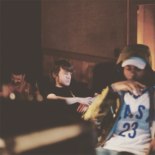 Drake Reveals His New Single Produced By Murda Beatz Will Be Dropping Soon