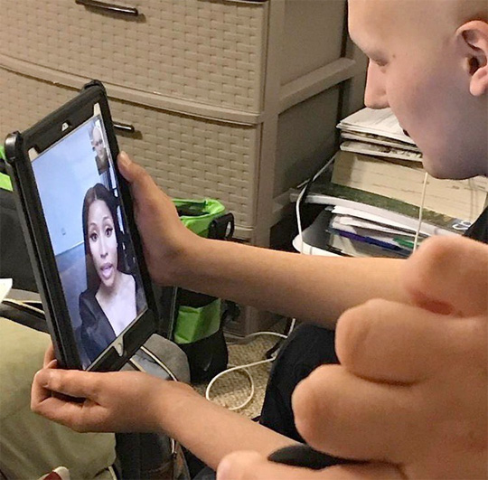 Nicki Minaj FaceTimes A Fan Who Is Battling Stage 4 Bone Cancer