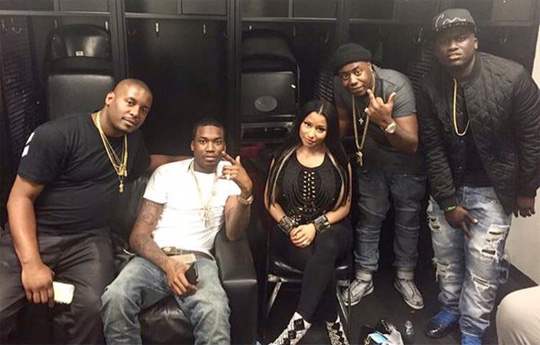 nicki minaj joins meek mill on stage during 2015