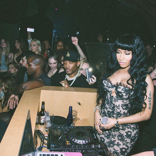 Nicki Minaj Chills With Meek Mill & Friends At Her 1 OAK Party In Los Angeles