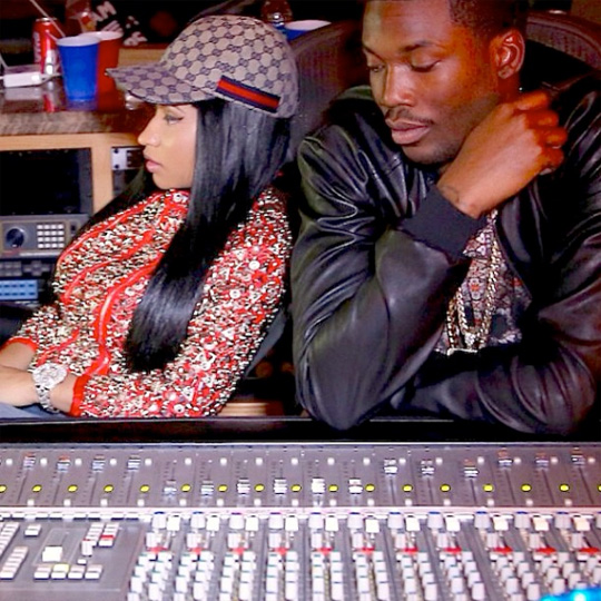 Nicki Minaj & Meek Mill Working In The Studio Together