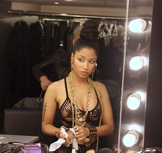 Nicki Minaj Shows Off Natural Look With Her Real Hair
