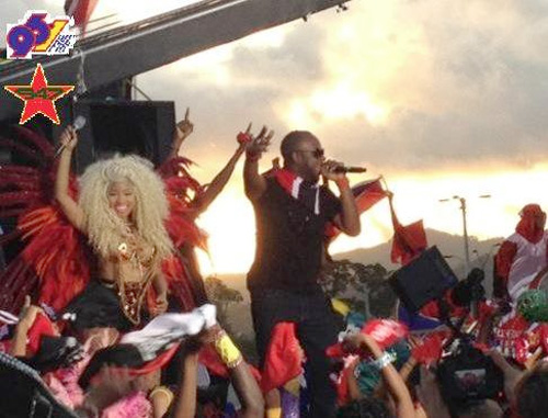 On Set Of Nicki Minajs Pound The Alarm Video Shoot In Trinidad