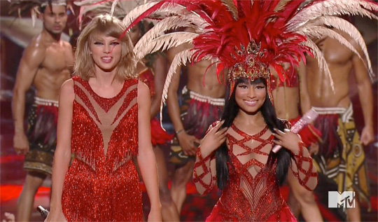 Nicki Minaj Performs Trini Dem Girls & The Night Is Still Young Live With Taylor Swift At The 2015 MTV Video Music Awards