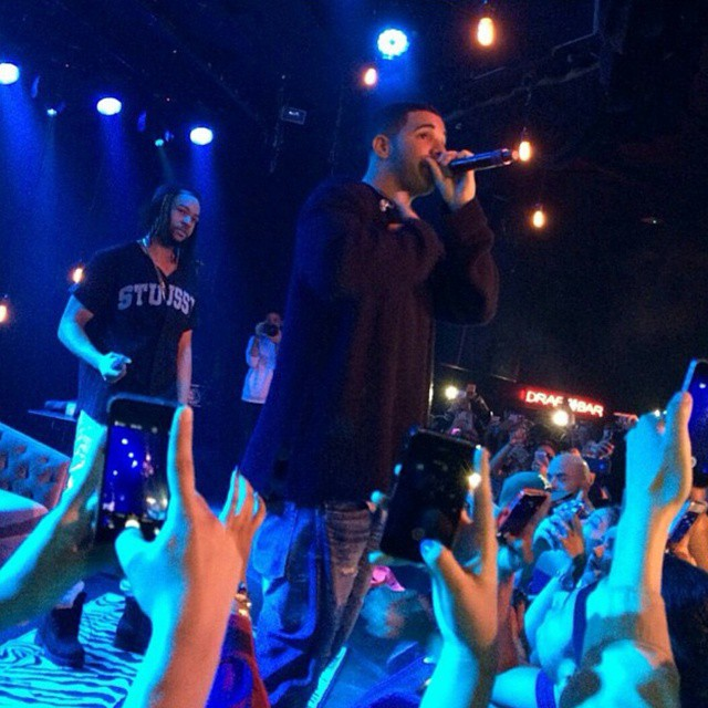 PARTYNEXTDOOR Brings Out Drake To Perform Recognize In Los Angeles California