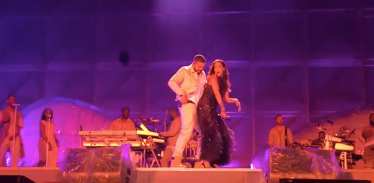 Rihanna Brings Out Drake To Perform Work Live In Manchester England