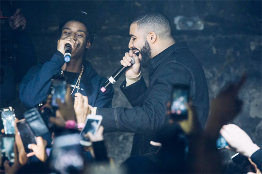 Smoke Dawg Brings Out Drake During His Show At XOYO Nightclub In London