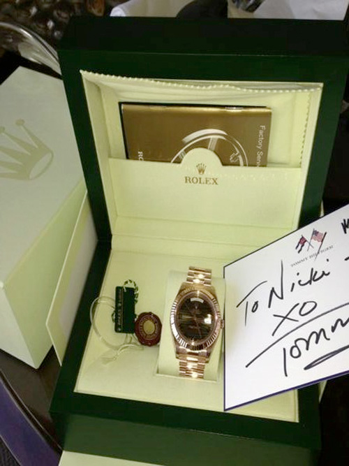 Tommy Hilfiger Purchases Nicki Minaj An Expensive Gift For Her Support At 2013 Met Gala