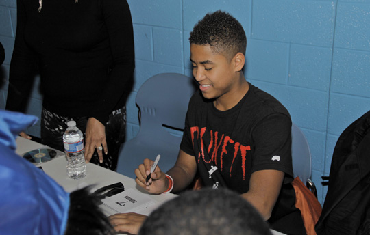 Torion Visits Dr Henry A Wise Jr High School & Boys & Girls Clubs Of Greater Washington