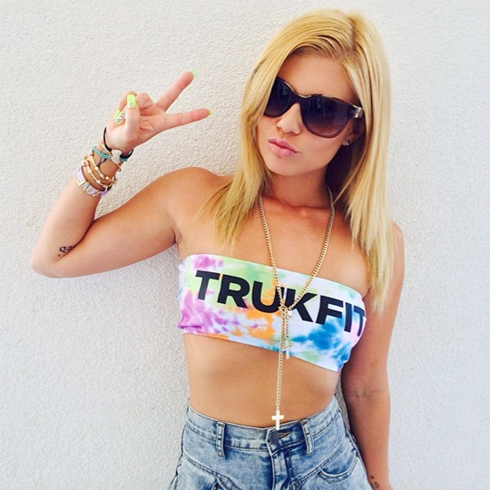 Chanel West Coast Discusses Meeting Lil Wayne, Haters, Gwen Stefani, 2Pac & More