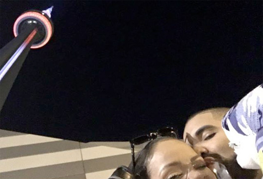 Drake Puts Up A Billboard Congratulating Rihanna For Her Video Vanguard Award