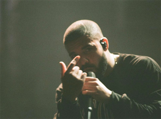 Drake Performs Live At 2015 Landmark Music Festival In Washington, Disses Meek Mill