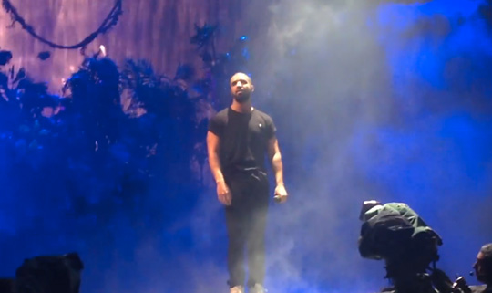 Drake Performs Know Yourself, 0 To 100 & More Live At Wireless 10 In London