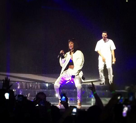 Drake Brings Out Rihanna To Perform Take Care In Paris France
